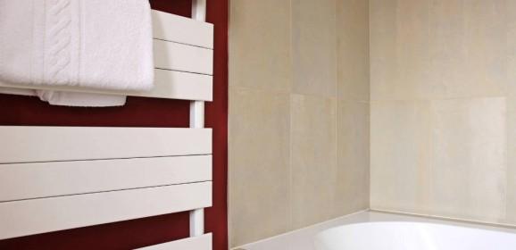 Salle de bain travaux bricolage - Choisir un seche serviette electrique ...