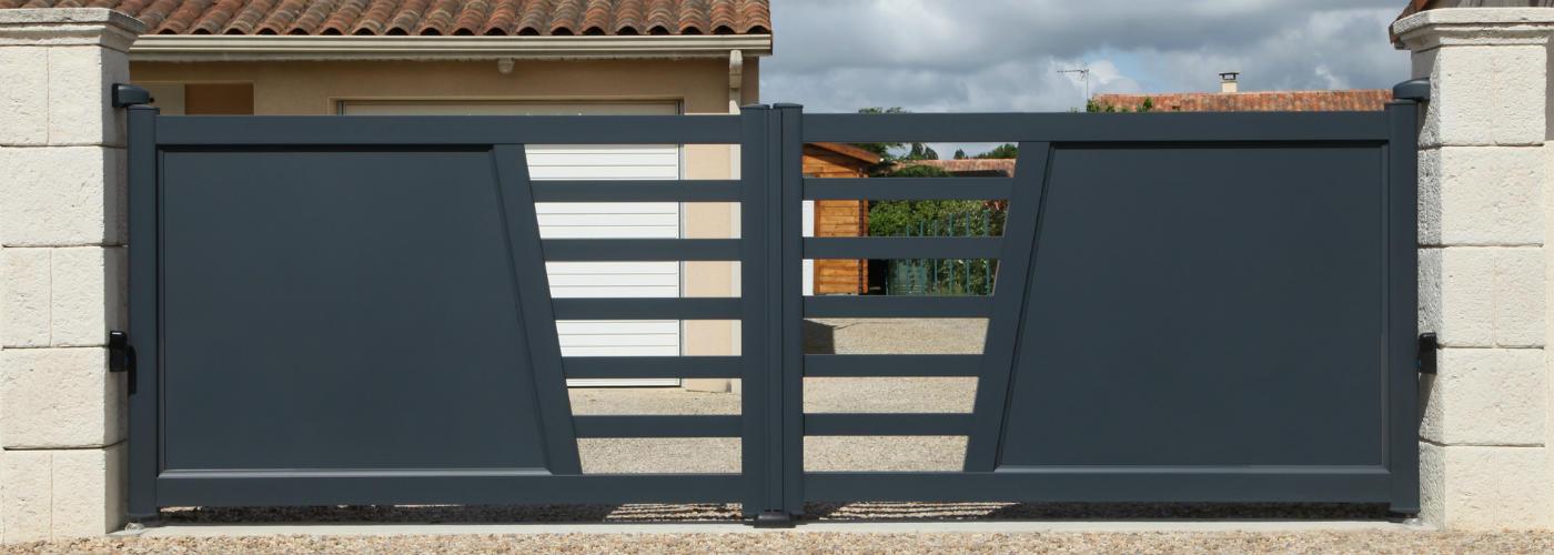 Prix de pose d 39 un portail for Portail de jardin coulissant
