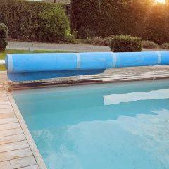 Bâche de piscine