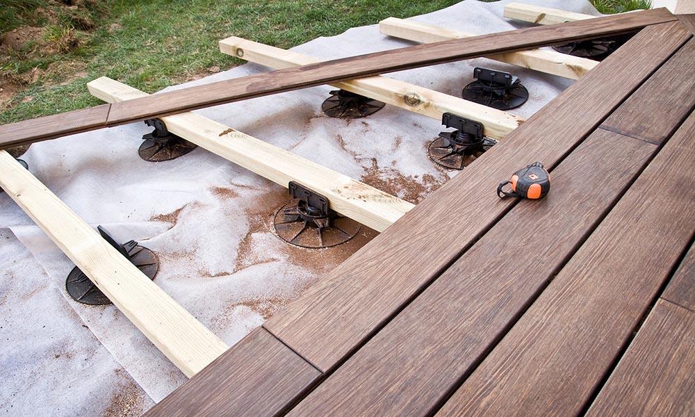 faire une terrasse sur lambourdes. Black Bedroom Furniture Sets. Home Design Ideas