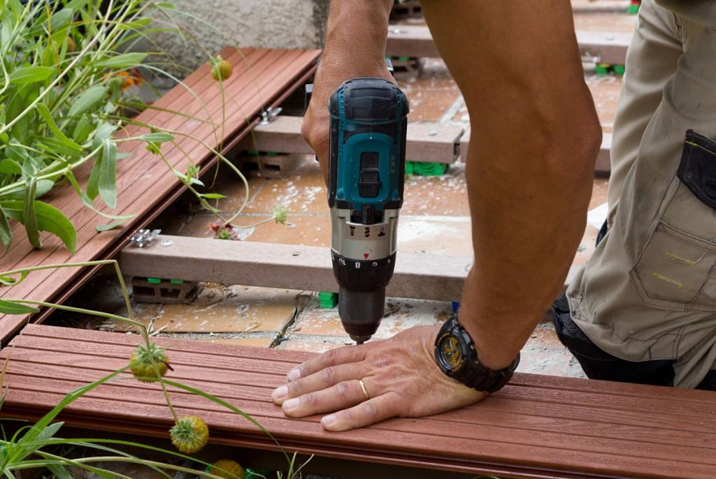 Prix d une terrasse en bois au m2 for Amenagement jardin 25m2