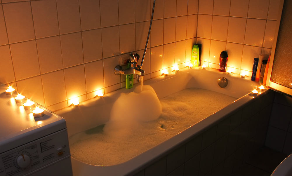 romantic bubble baths. Black Bedroom Furniture Sets. Home Design Ideas
