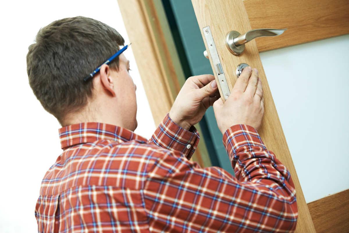 comment poser une porte ? - Comment Poser Une Porte De Chambre