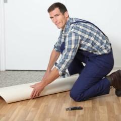 Comment poser du vinyle ou lino au sol ?