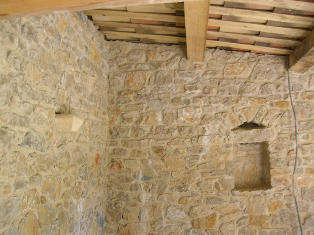 Isolation d 39 un mur en pierre for Humidite sur mur interieur