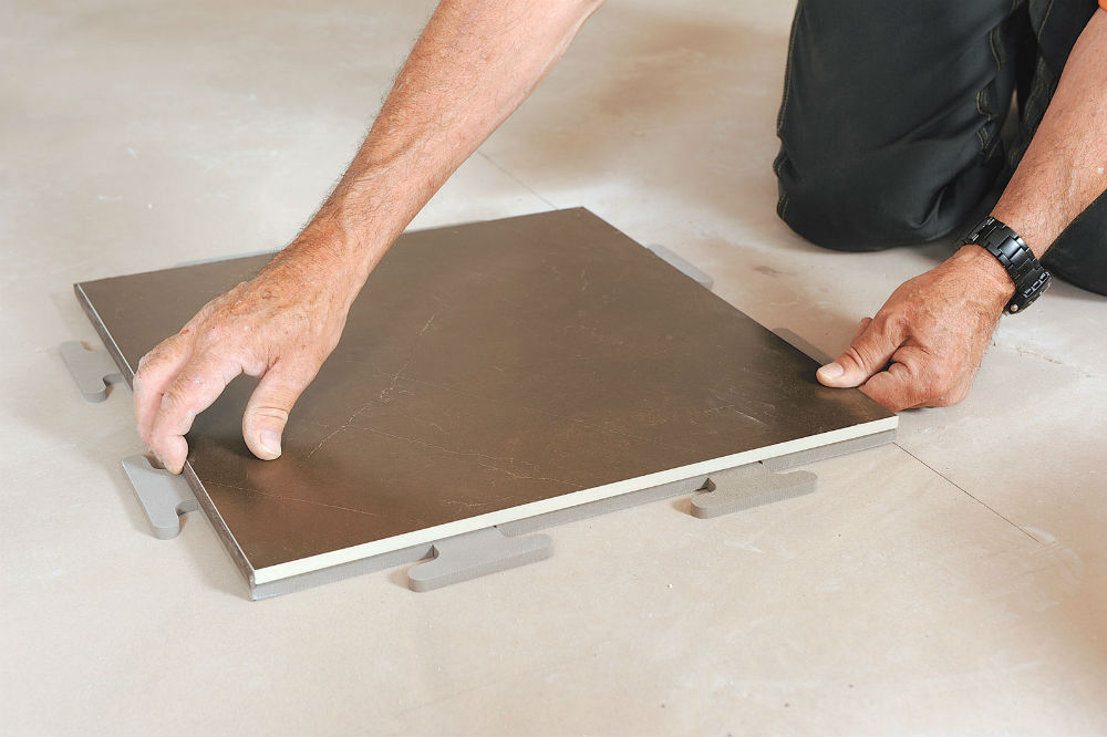 Pose carrelage sans joint savoir poser du carrelage for Poser carrelage sans joint