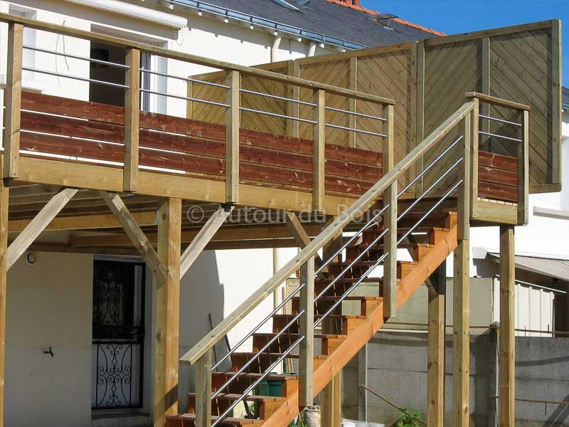 construction terrasse bois sur pilotis