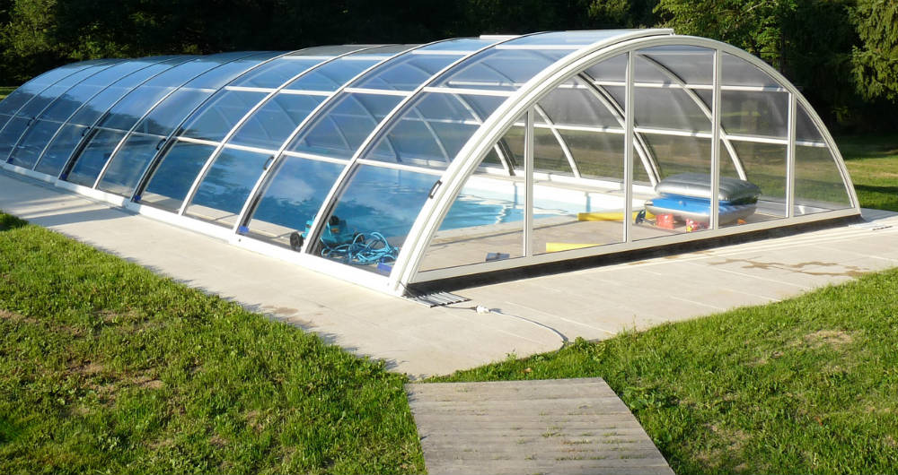 Prix d 39 un abri de piscine for Prix construction piscine