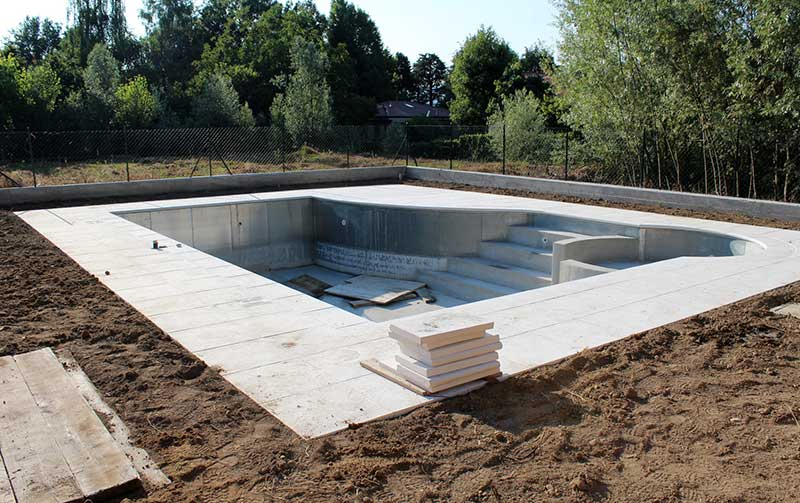 Prix d 39 une piscine enterr e for Prix construction piscine beton