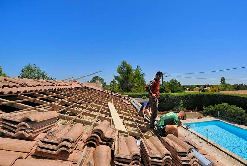 Pose panneau solaire piscine travaux bricolage - Panneaux solaire pour piscine ...
