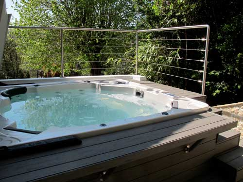 Prix d un deck de piscine for Construire deck piscine