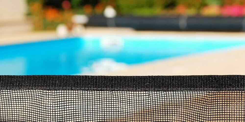 Prix d une barri re de piscine for Prix piscine complete