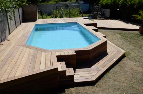 Prix d un deck de piscine for Plan pour deck de piscine