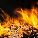 Faire le ramonage d'un poêle à granulé