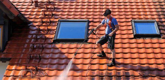 Nettoyage toiture: comment nettoyer son toit?