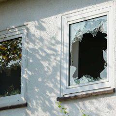 Prix pour remplacer une vitre cassée