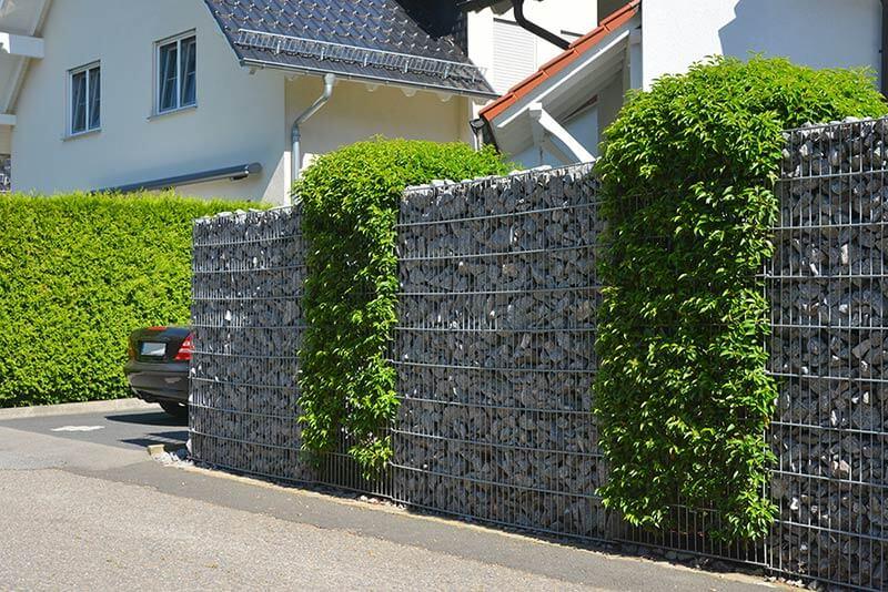 Aménagement devant maison  Choisir-dimensions-mur-gabion