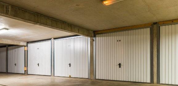 Transformer une place de parking en box fermé : les démarches