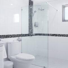 Prix d'une paroi de douche avec installation
