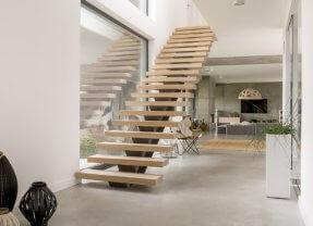 Coût d'installation d'un escalier en bois