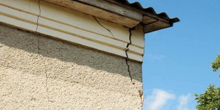 comment réparer façade fissurée