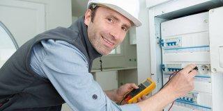 comment trouver électricien pas cher